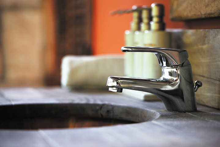 A2B Plumbers are able to fix any leaking taps you may have in Byfleet.